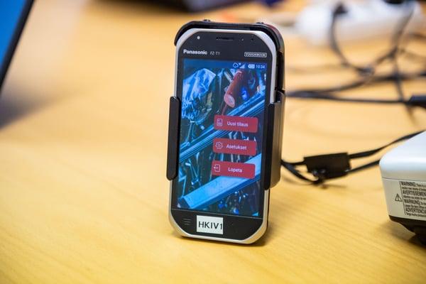 TOUGHBOOK Omnialla kehitetty mobiilisovellus auki Panasonic FZ-T1llä Raskone Kuva Paula Ojansuu