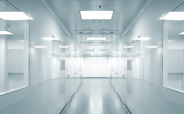Hospital research lab Image: Shutterstock