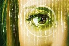 ihmissilmä katsoo kameraan ja kuvaa analysoidaan Kuva: Shutterstock