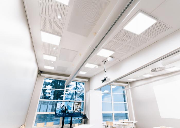 BrainLit Elven käytössä neuvotteluhuoneen valaistuksena Kuva BrainLit