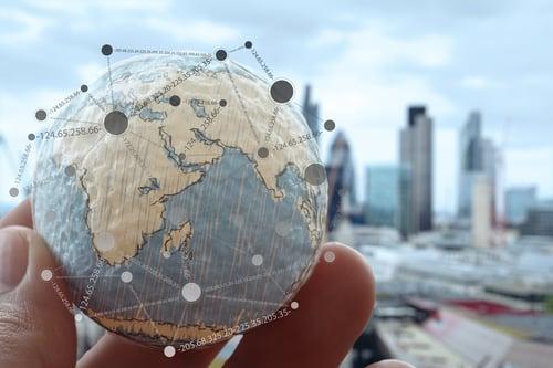 maapalloon merkittyjä kaupunkeja eri maanosissa Kuva Shutterstock