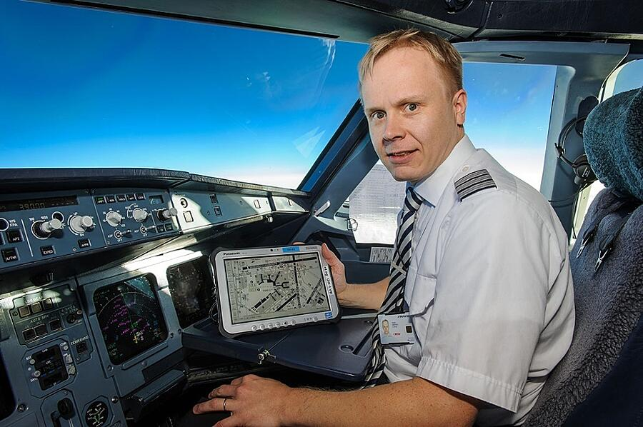 """""""One of the key distinguishing features was the display"""", says technical pilot Timo Seppälä from Finnair."""