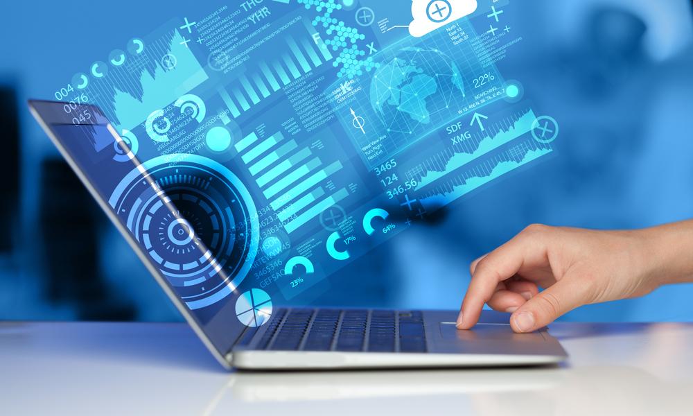 graafit esittävät dataa tietokoneen näytöltä Kuva: Shutterstock