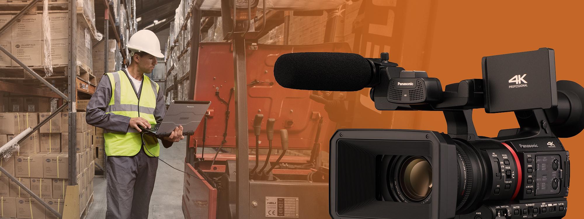 Panasonic-kamera kuvaa miestä varastoympäristössä